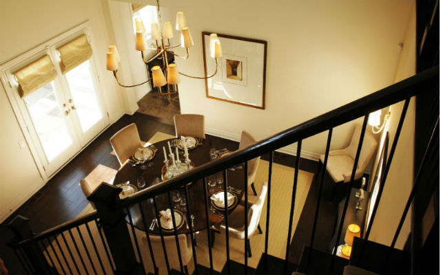 Plancher de bois et escaliers